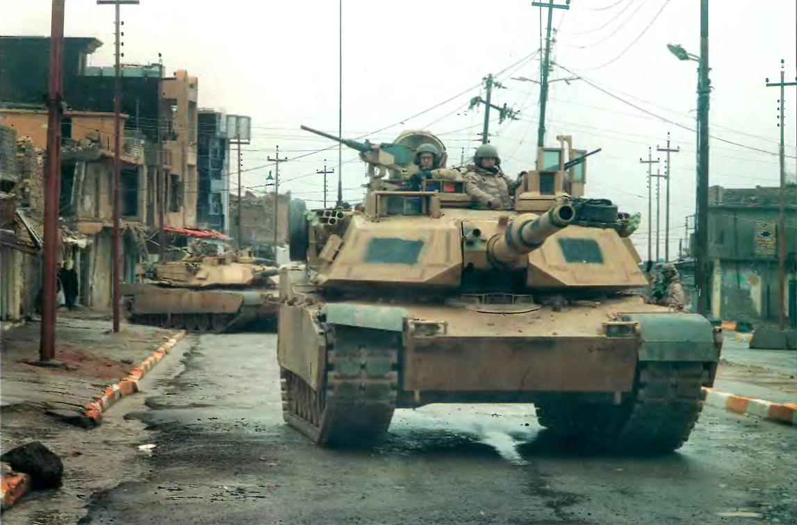 Танки М1А2 на улицах Багдада.