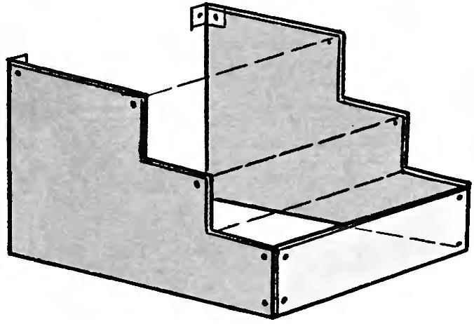 Рис. 2. Шиферные заготовки обрамления крыльца в сборе