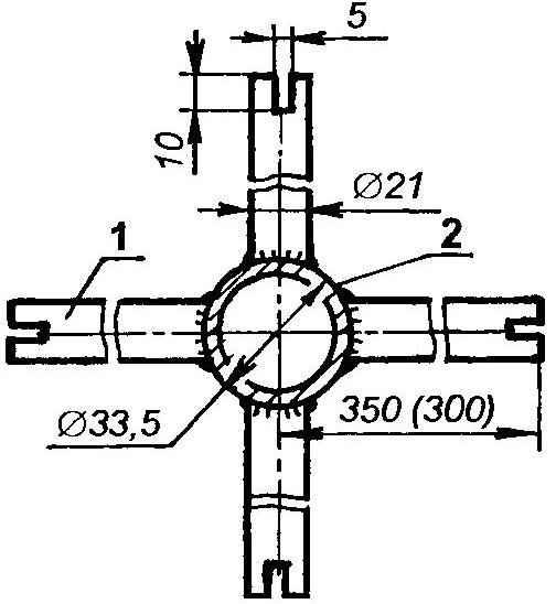 Монтаж средней (промежуточной) распорки под расчалки на хребтовой балке