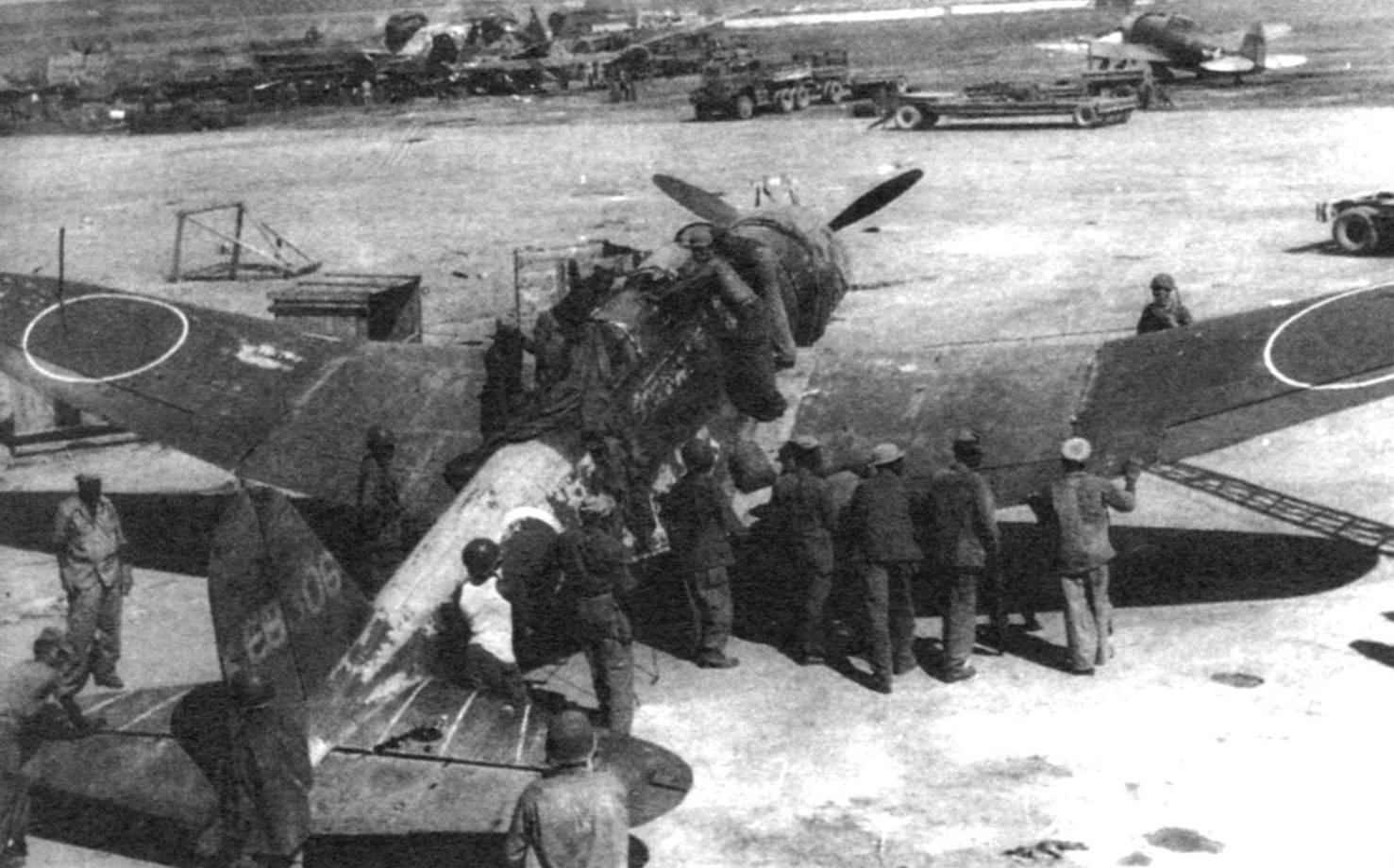 Трофейный патрульный Nakajima B5N2 Model 12 «Kate» с РЛС Н-6. Сайпан, 1944 г.