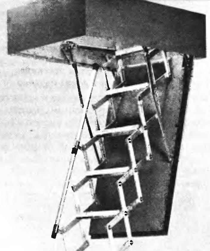 Опускаемая «дверь» люка с блоком лестницы