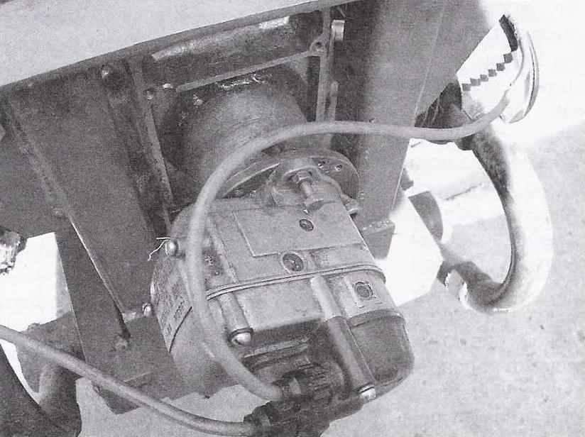 Магнето (закреплено на картере двигателя через барабан-переходник)