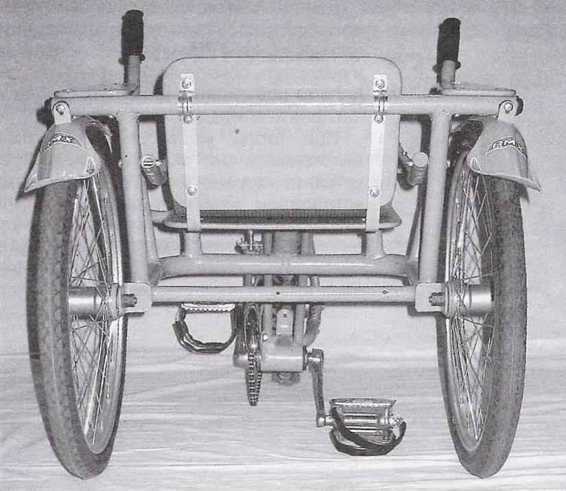 Велоколяска «Зольга»: вид сзади
