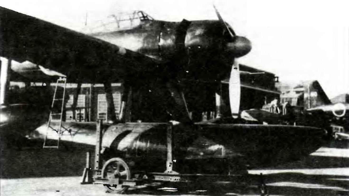 A6M2-N на перекатной тележке