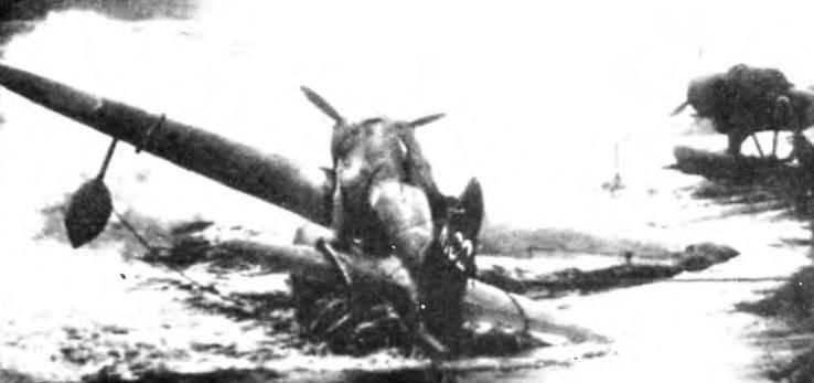 Атолл Джадлит. Подразделение 802-й Кокутай теряло технику не только в боях, но и от тропических тайфунов