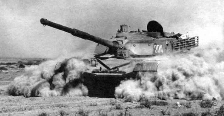 Испытания танка «Тип 98» в пустыне