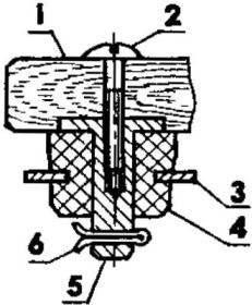 Один из четырех узлов крепления съемной банки