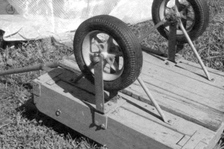 Вид подвески колеса снаружи