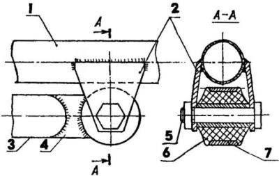 Левый узел крепления маятника подвески