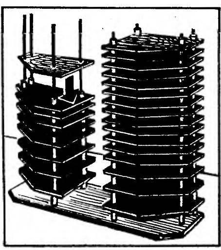 Монтаж блоков под компакт-диски