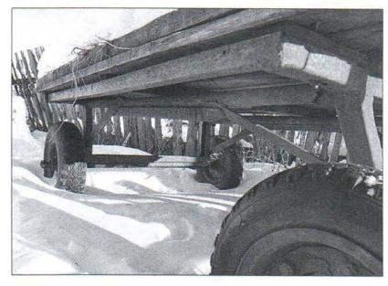 Ход (шасси) гужевой повозки с колёсами на пневматических шинах