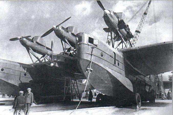Dvuhlodochnaya marine cruiser MK-1