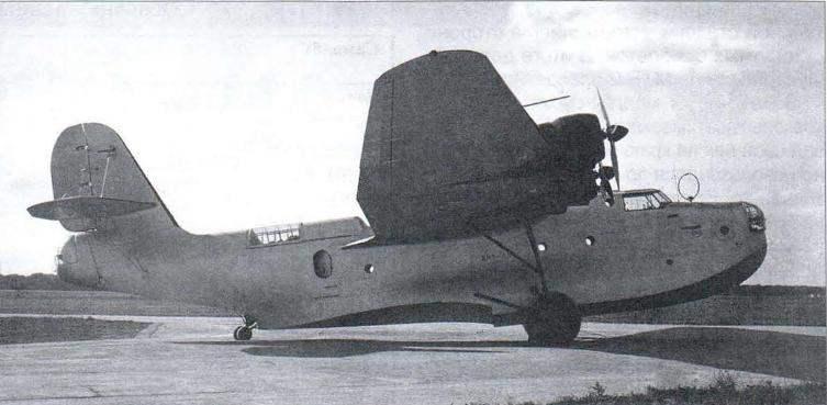 Первый опытный экземпляр морского тяжёлого бомбардировщика МТБ-2 с моторами М-85