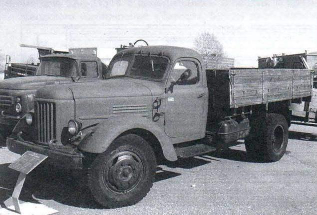 Грузовик ЗИЛ-164 выпуска 1957 года