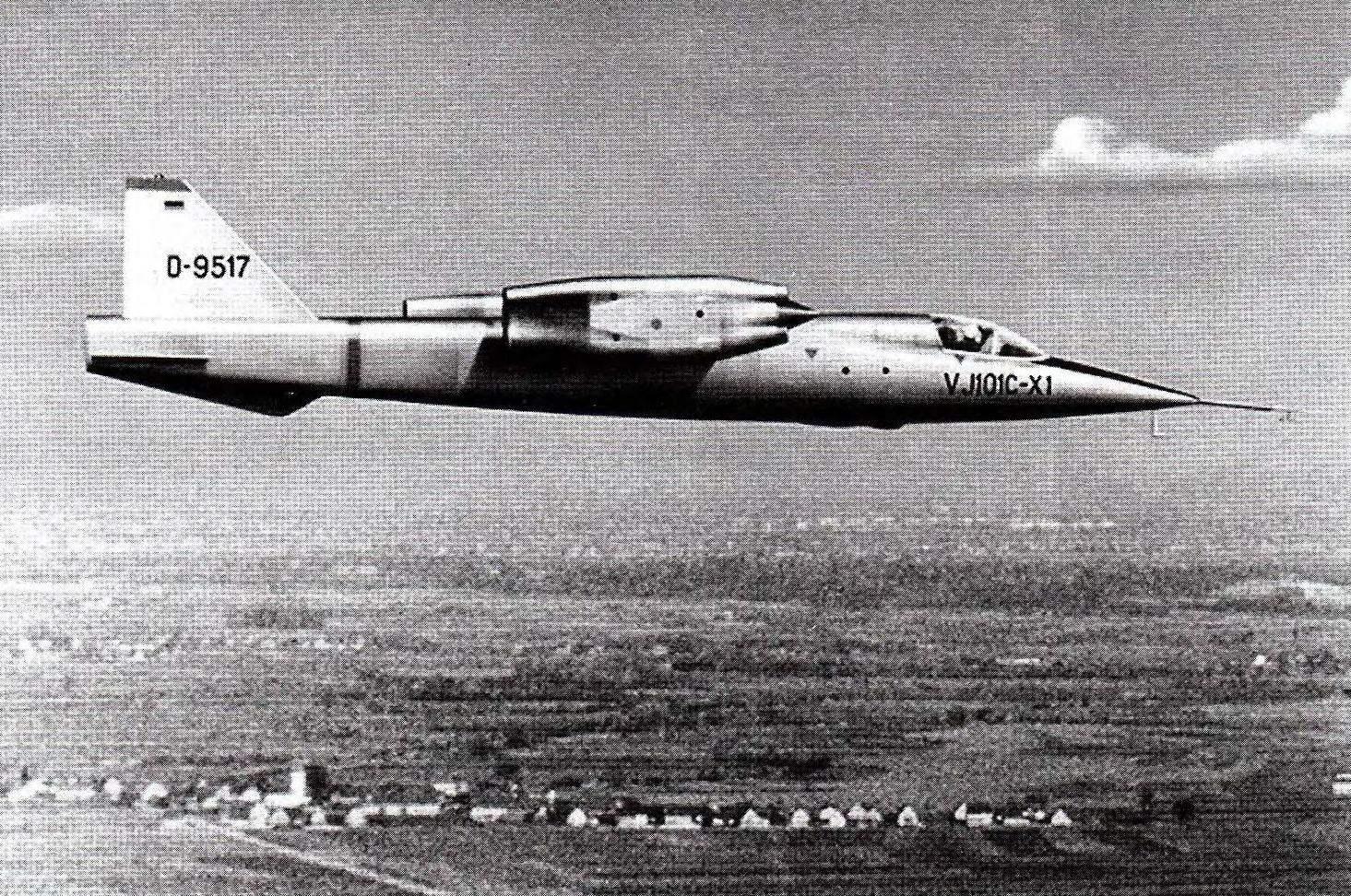 VJ-101 в горизонтальном полёте