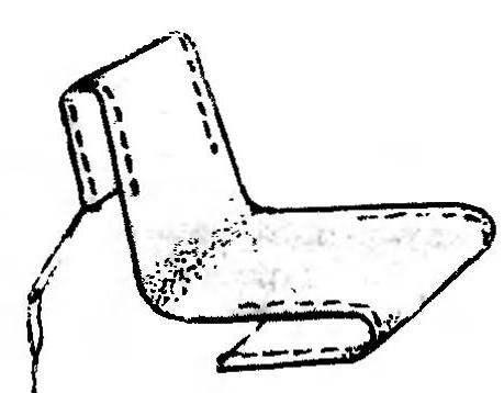Рис.4. Сшивание полотнища сиденья для кресла