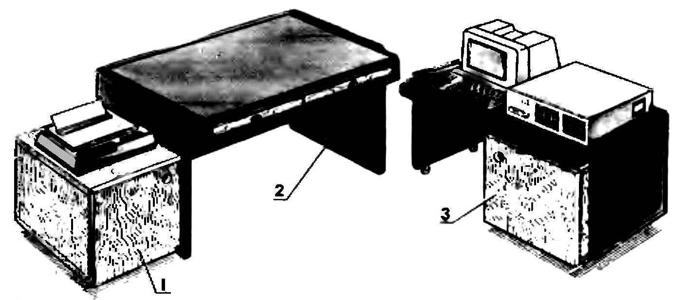 Рабочий уголок из стола-«матрешки»