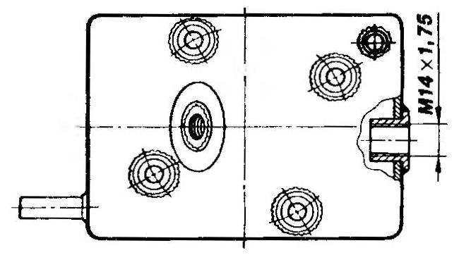 Головка переднего цилиндра с «рубашкой» и втулкой датчика температуры