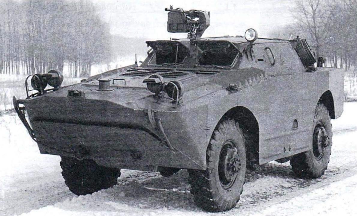 Бронированная разведывательная дозорная машина БРДМ. Выпускалась в 1962 - 1965 гг.