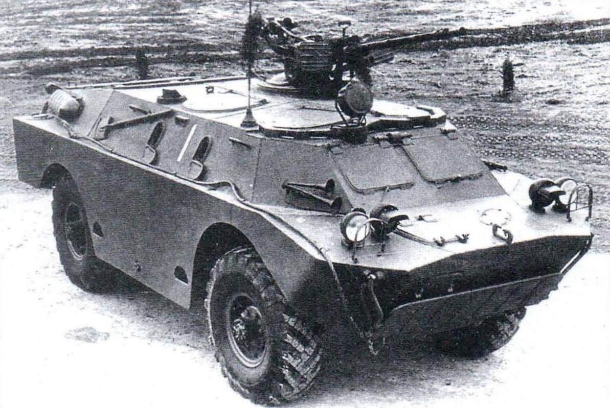 Первый прототип БРДМ-2. На крыше машины открыто устанавливался пулемёт КВПТ на зенитной турели тяжёлого танка Т-10