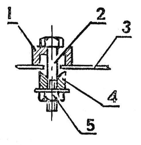Устройство для просечения круглых отверстий в листовом металле