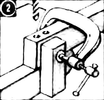 Высверливание отверстий под деревянные нагели.