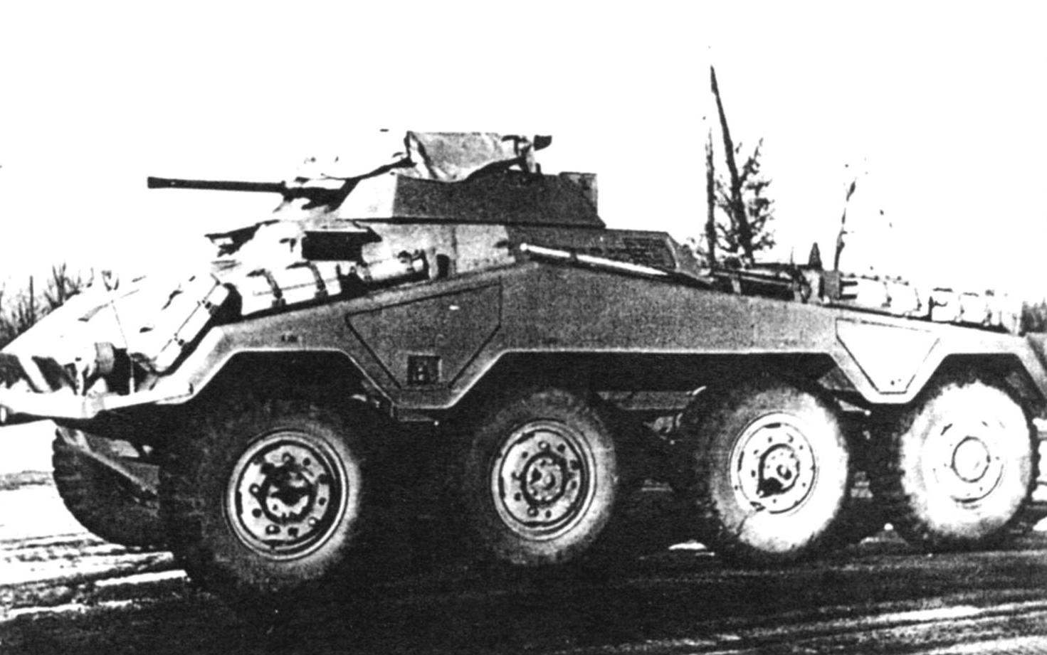 Armored Car Sd.Kfz.234/1 with a 20mm automatic cannon and a 7.62 mm coaxial machine gun