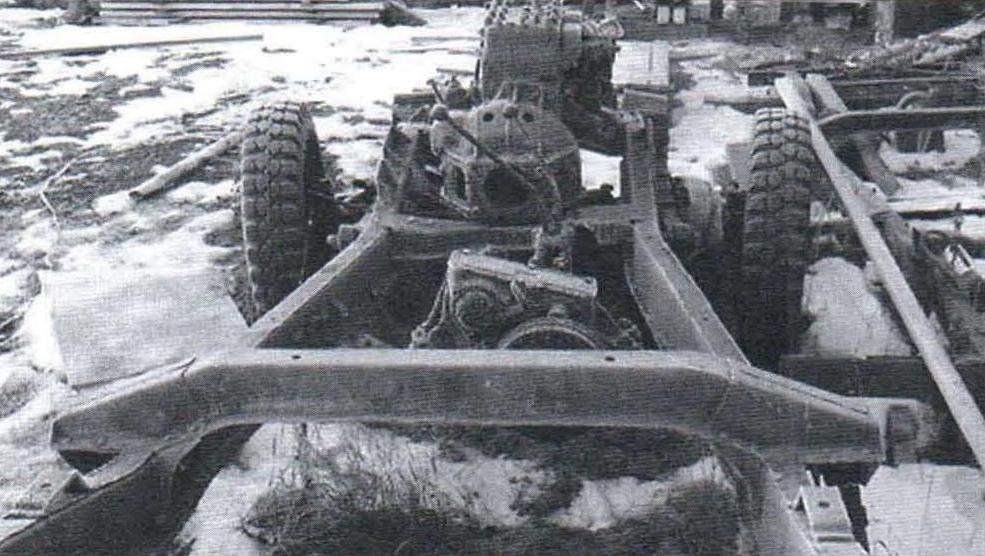 С этого всё началось: от УАЗ-69 были использованы рама, мосты и раздаточная коробка