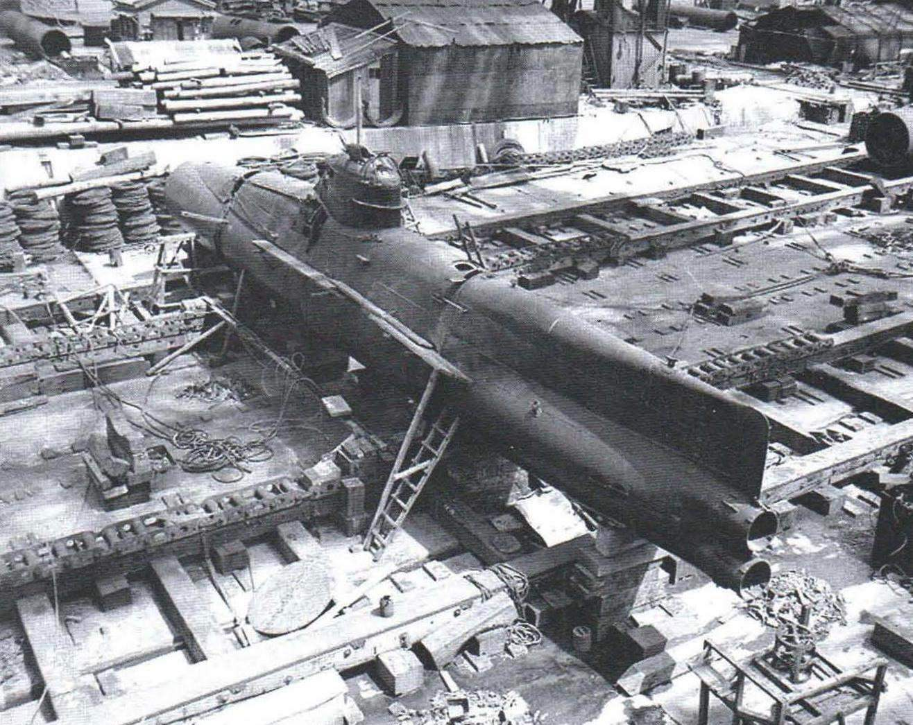 Midget boat Koryu Type D at the shipyard of Yokosuka Naval Base, September 1945