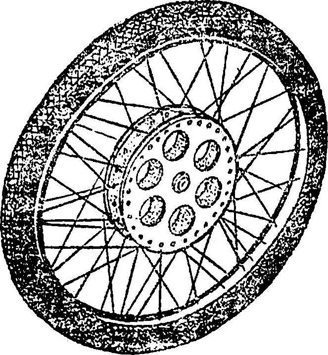 Пример удачно скомпонованного самодельного колеса повышенной жесткости.