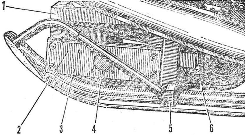 Рис, 4. Механизм нагяжения гусеницы