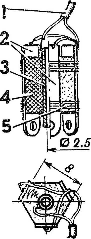 Контактный зажим для подвода напряжения к калильной свече.