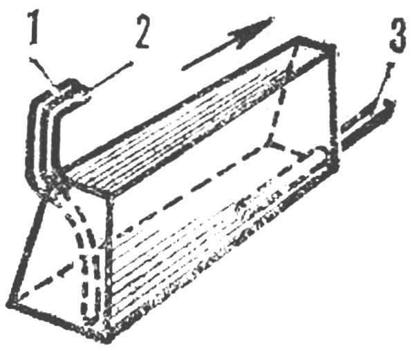 Топливный бачок (применяется на обеих моделях)