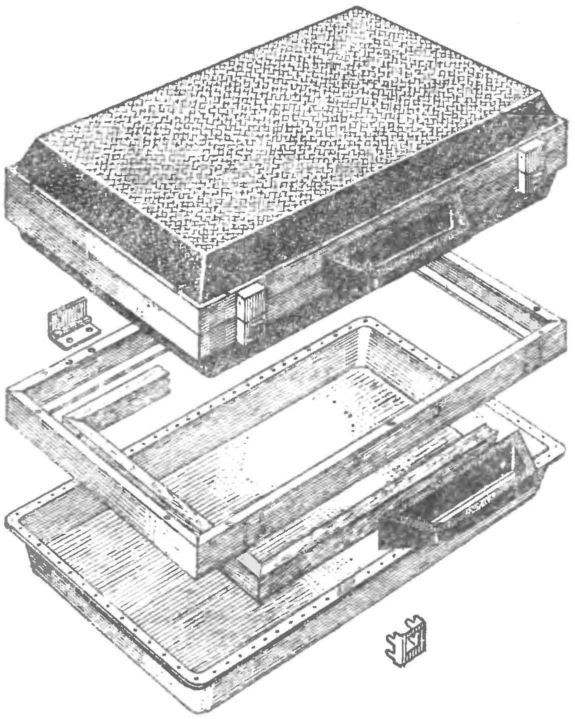 Рис. 4. Сборка полукорпуса кейса (облицовка не показана).