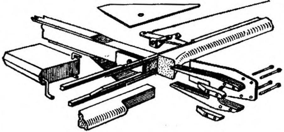 Конструкция моторамы и силового узла.