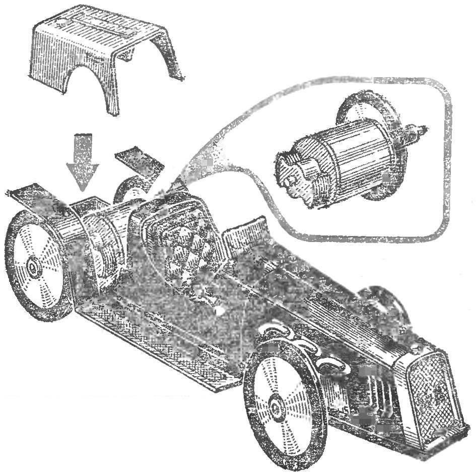 Автомодель класса ЭЛ-2 с микродвигателем МЭД-80 и фрикционной передачей к ведущей оси. Полукопия старинного гоночного автомибиля.