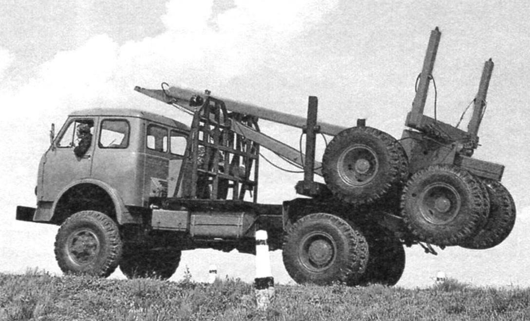 Автомобиль-лесовоз МАЗ-509А (4x4)