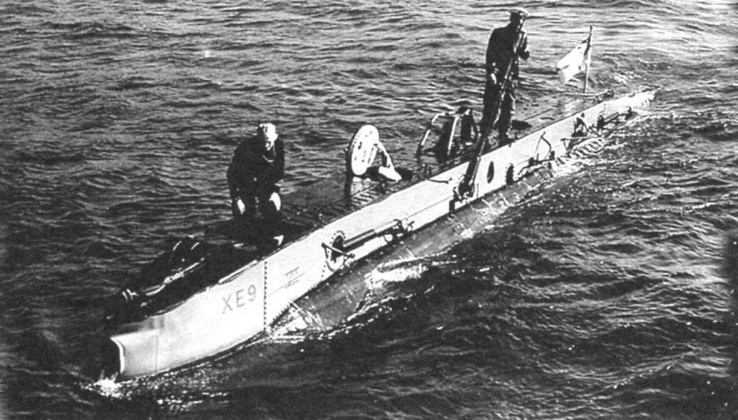 Подводная лодка ХЕ9 на испытаниях после постройки