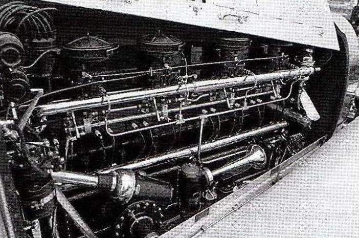 8-cylinder 260-HP engine for a car the
