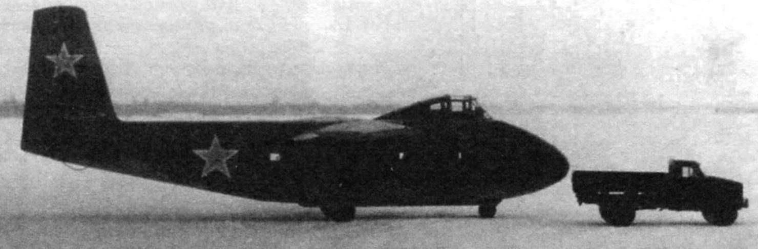 Опытный образец планёра Як-14. Обратите внимание на отсутствие форкиля