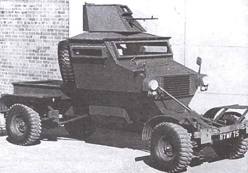 Патрульная машина «Пантера» с пулемётной башенкой и бронестёклами