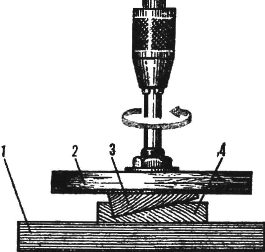 Рис. 3. Изготовление стрингера