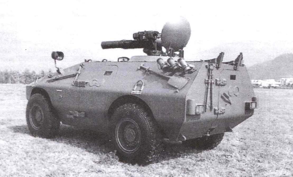 БТР «Пума» с колёсной формулой 4x4 в варианте самоходного ПТРК TOW
