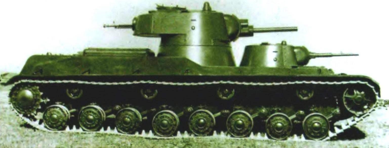 Танк СМК на полигонных испытаниях. Август 1939 года.