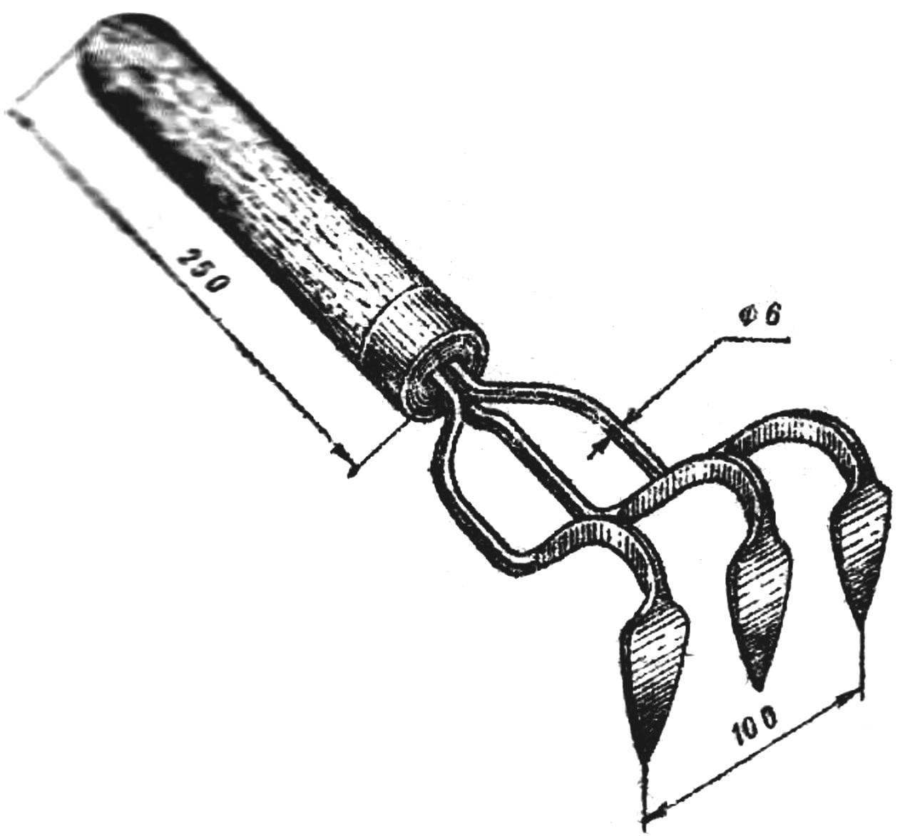 Риc. 5. Трехкрючковый рыхлитель.