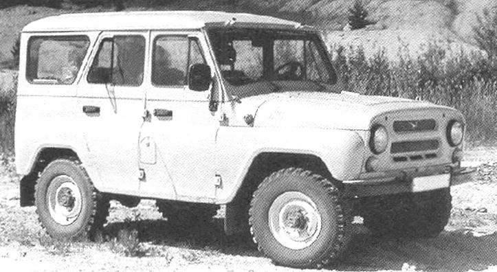УАЗ-469 (УАЗ-3151) с металлическим верхом кузова