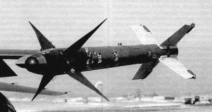 A missile AIM-9M