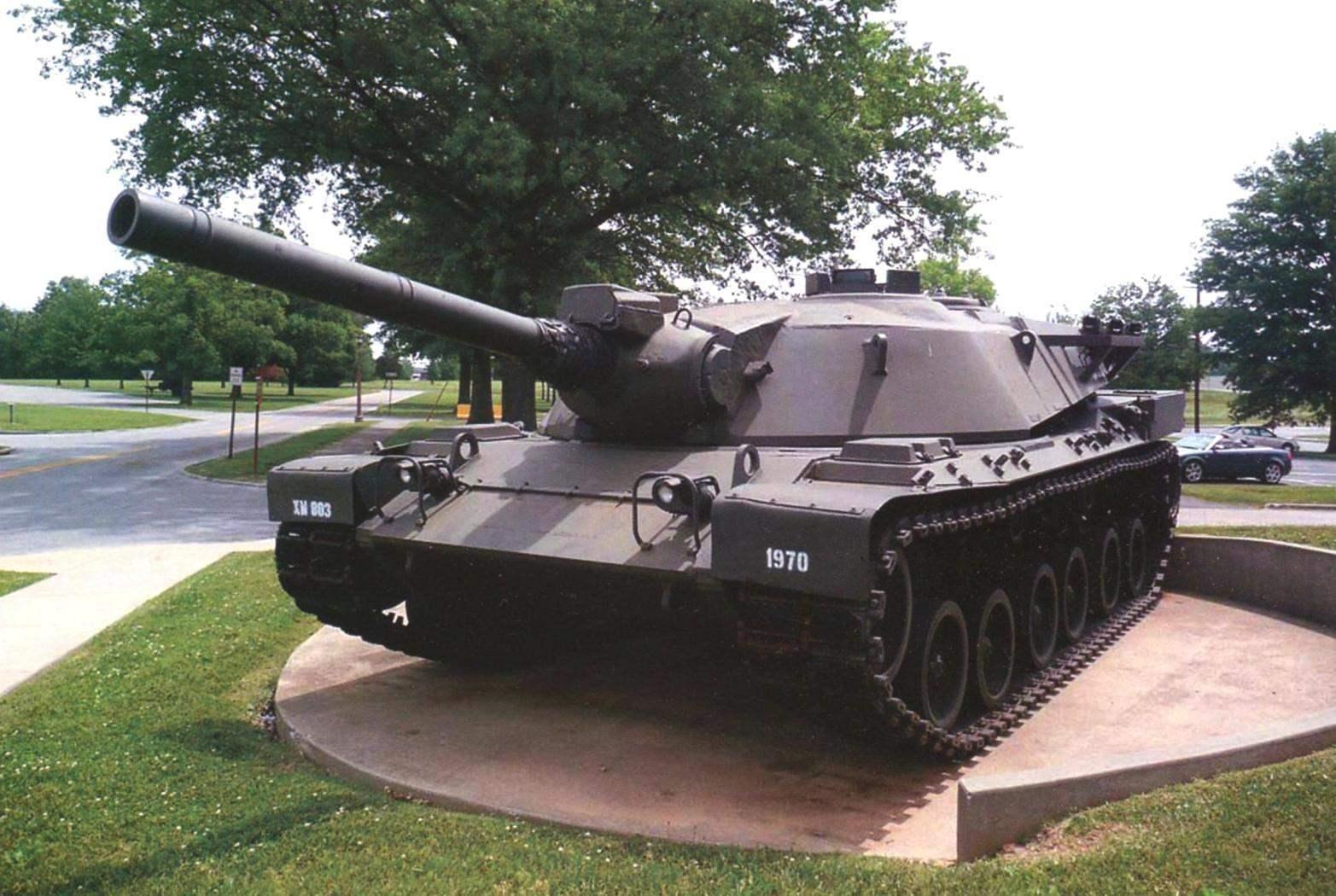 Американский прототип танка под индексом ХМ803 в экспозиции Музея генерала Дж. Паттона в Форт-Ноксе (штата Кентукки, США)
