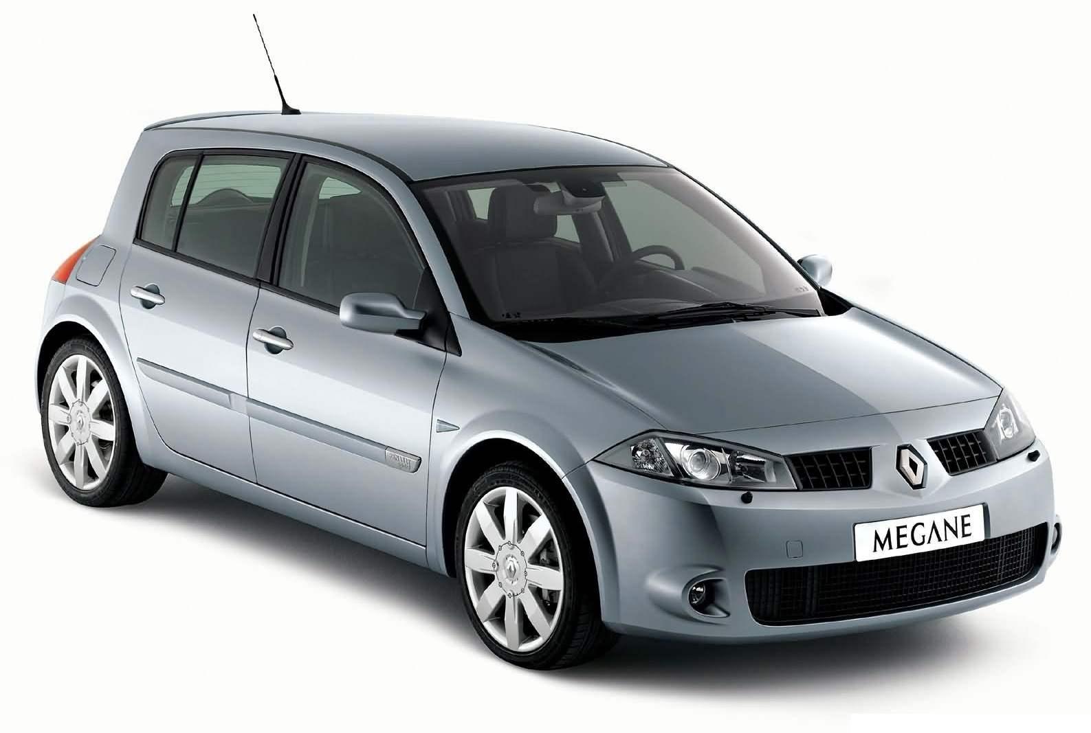 Автомобили Renault Меgane выпускались в версиях: седан, пятидверный хэтчбек, трёхдверный хетчбек Megane Coach, универсал Megane Sport Tourer, двухдверный купе-кабриолет Megane СС и Megane Sport с 2-литровым турбированным двигателем мощностью 225 л.с.