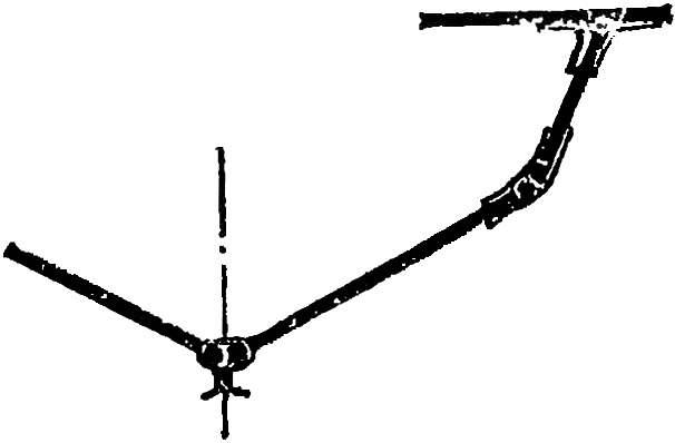 Рис. 8. Соединение элементов корпуса проволочными скрутками и лентами стеклоткани.